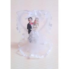 Жених с невестой с сердцем,  8x5,6x4,5 см  №5051.75