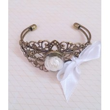 Браслет-Роза SvetikFantasy со стеклянным шаром, безразмерный,  цвет: бронза, цветок-молоко№3270.360