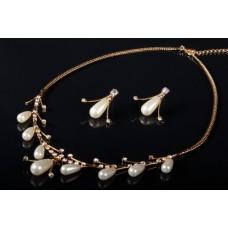 Комплект бижутерии  (колье серьги)   Цвет: золото, цвет бусин шампань №3002.156