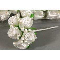 Бутоньерка Роза Цвета: белый с айвори  №40.31
