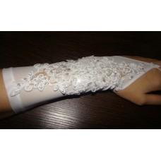 Перчатки белые мелкая сетка с бисером, бусинами, пайетками, стеклярус (24 см) №41.720