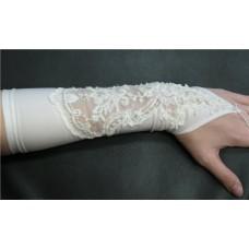 Перчатки айвори с бисером и пайетками (28,5 см) №91.450