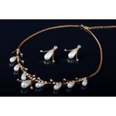 Комплект бижутерии  (колье серьги)   Цвет: золото №1486.156
