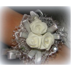 Цветочек-браслет Белый 8см №527.48