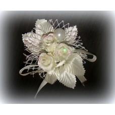 Цветочек Белый с кремовым 8х7,5см №598.21