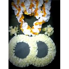 Комплект для украшения машины (Лента на капот- 1шт (бело/золотая), украшение на радиатор (айвори)  1шт, цветы на зеркала или ручки- 2шт(айвори/зотото)) №3.604