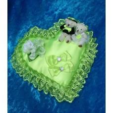 Подушечка для колец Сердце-Мишки салатовая 22см SvetikFantasy отделка может отличаться №3180.447