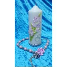 """Свеча """"Ирис"""", 6 х 15,5 см, цвет: белая с серебром, цветок сиреневый, время горения 30 ч №2954.208"""
