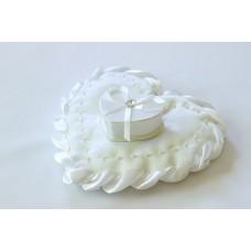 Подушечка для колец Сердце со шкатулкой Цвет: белый, айвори №1534.215